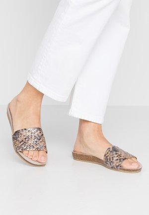 Pantofle - multicolor/taupe