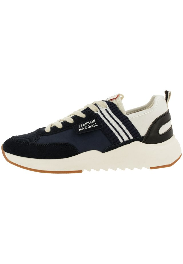 Trainers - nvy-wht