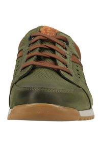 Fretz Men - Sneakers - dark green - 5