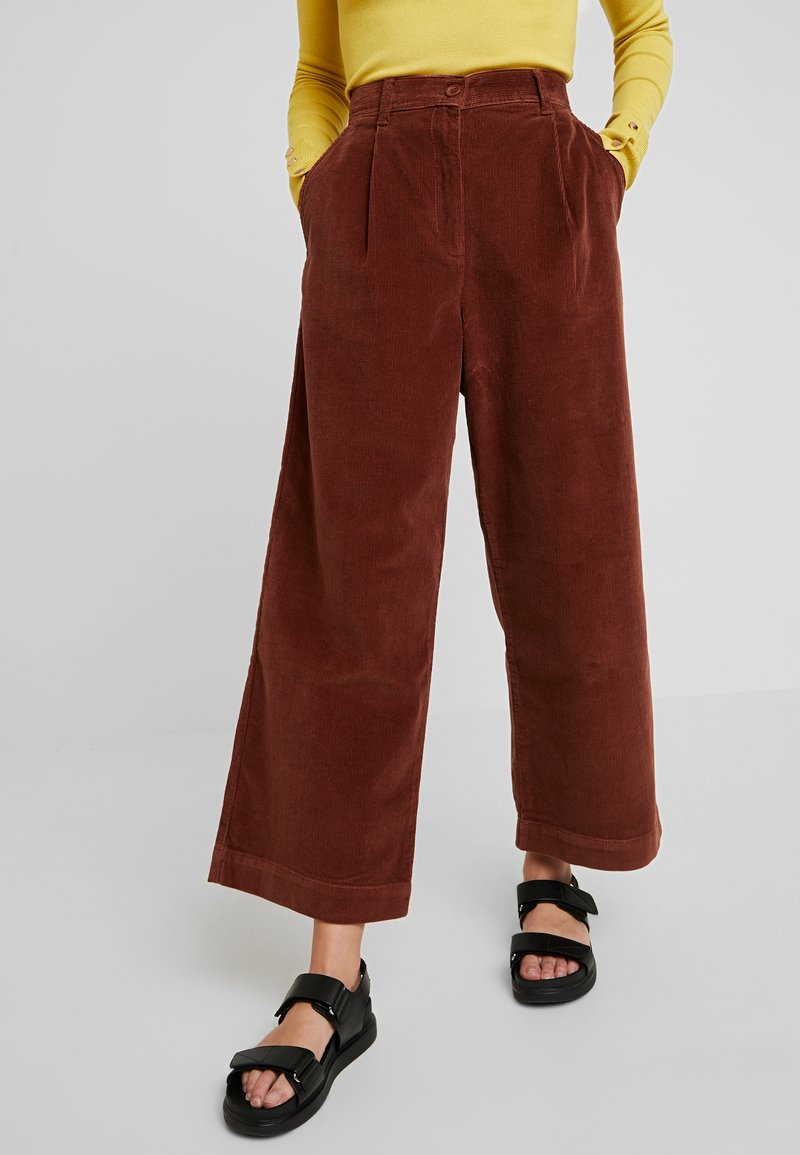 French Connection - MANZU WIDE LEG TROUSERS - Trousers - casablanca
