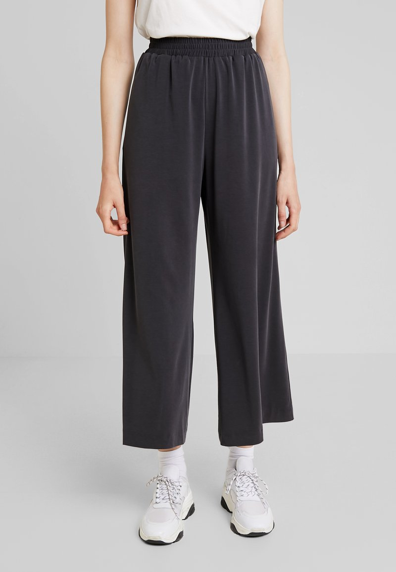 French Connection - RENYA CUPRO CULOTTES - Trousers - black