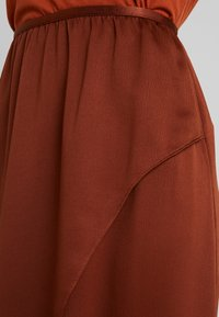 French Connection - ALESSIA DRAPE SKIRT - Maxi skirt - casablanca - 4