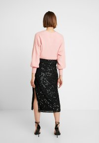 French Connection - DESIREE SEQUIN SKIRT - Pencil skirt - black - 2