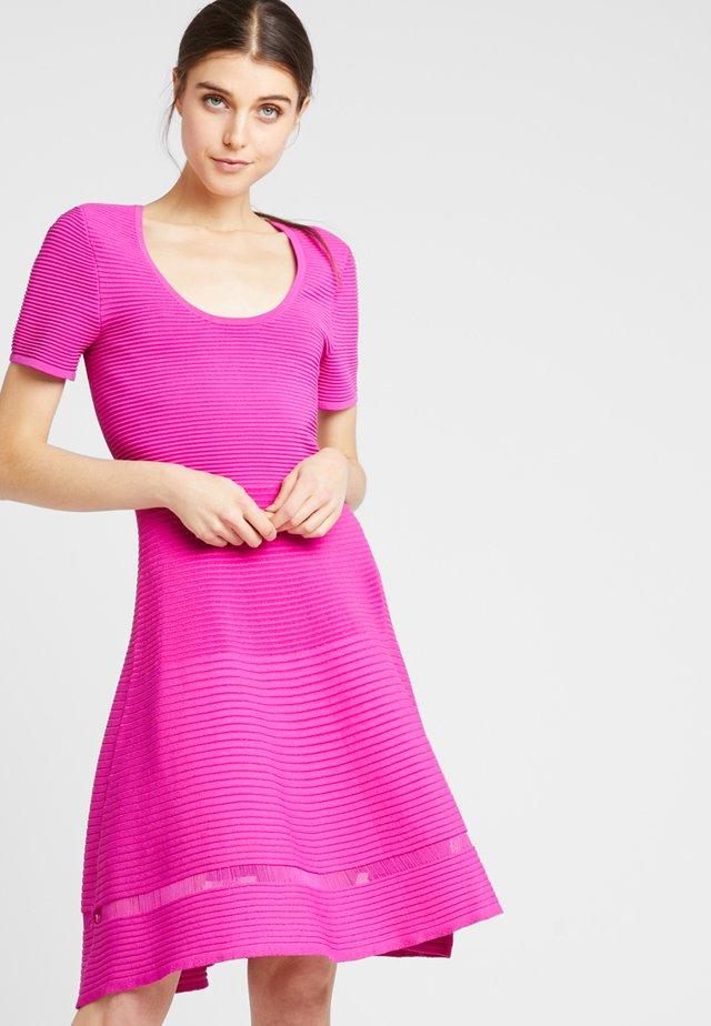 VOLETTA DRESS - Jumper dress - pure passion