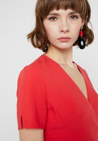 French Connection - WHISPER RUTH WRAP DRESS - Shift dress - fire coral - 4
