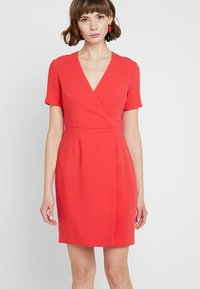 French Connection - WHISPER RUTH WRAP DRESS - Shift dress - fire coral - 0