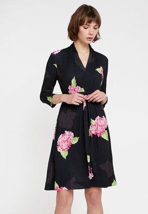 ELEONORE SLINKY DRSS - Jersey dress - black/multi