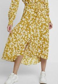 French Connection - BRUNA LIGHT DRESS - Maxi dress - citronelle/cream - 5