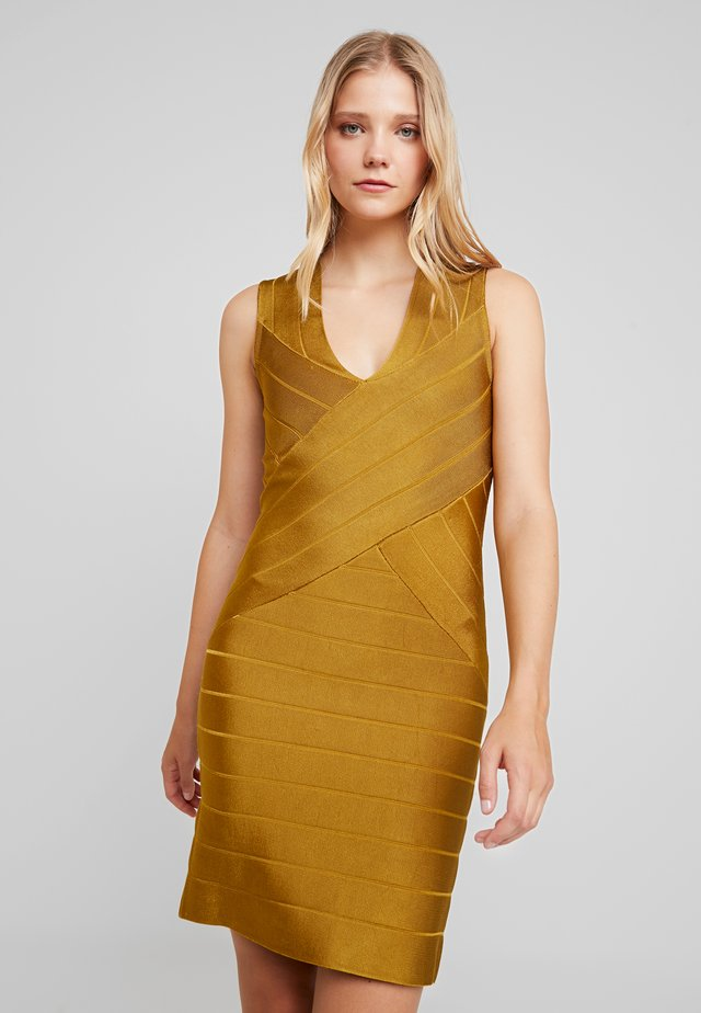 ZASHA  - Shift dress - citronelle