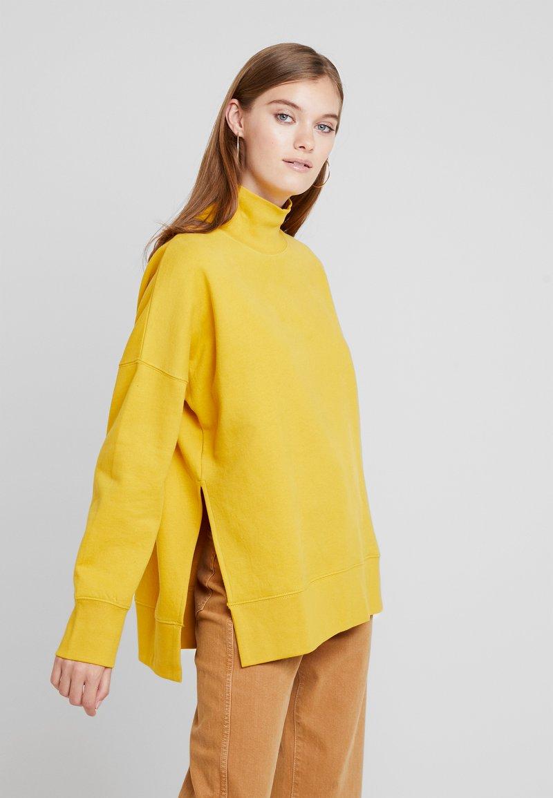 French Connection - SUNDAY SIDE SPLIT - Sweatshirt - lemon