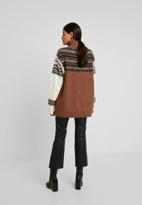 French Connection - PATCHWORK FAIRISLE  - Jumper - camel/multi - 2