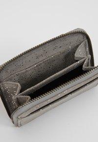 FREDsBRUDER - MINIMIX COINY POCKET - Wallet - grey - 4