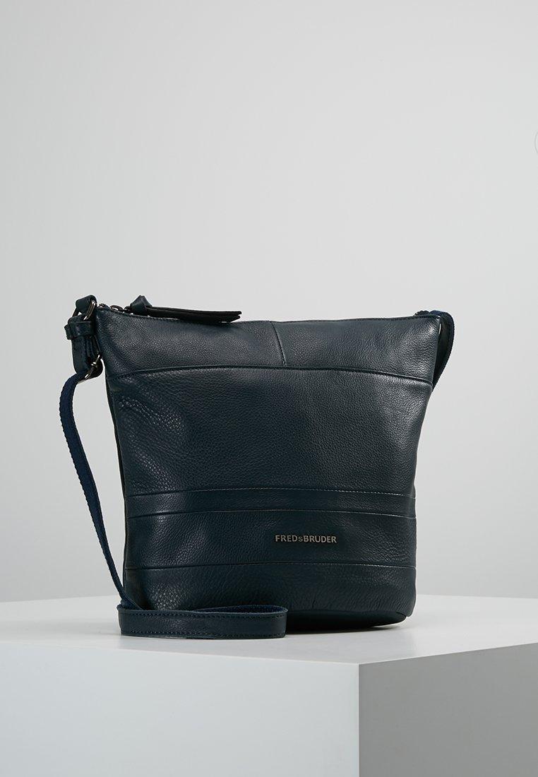 FREDsBRUDER - LITTLE DASH - Across body bag - dark blue