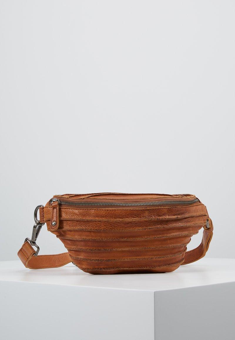 FREDsBRUDER - RIFFEL BUNNY - Bum bag - cognac