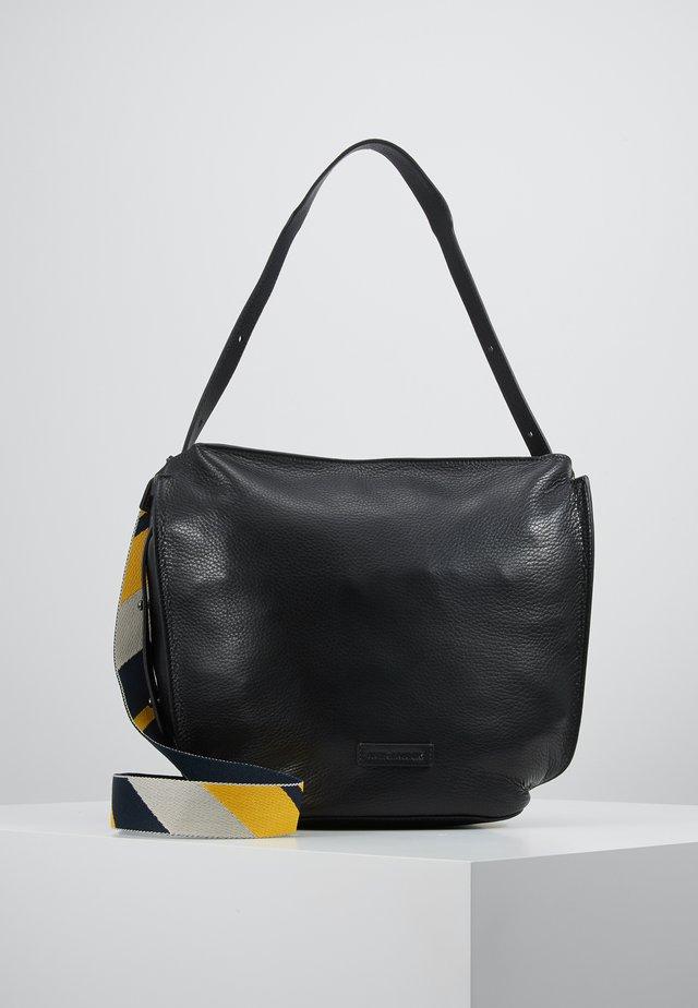 OSAKA - Kabelka - black
