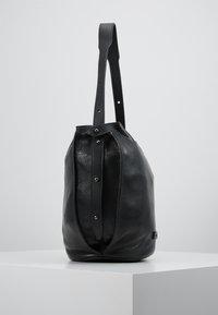 FREDsBRUDER - OSAKA - Handbag - black - 3