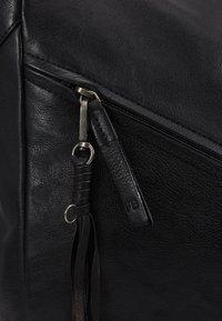 FREDsBRUDER - JUNO - Shopping bag - black - 6