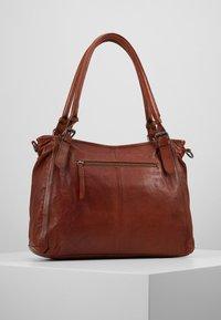 FREDsBRUDER - CENTURY - Shopping Bag - whisky - 2