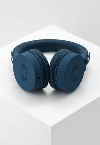 Fresh 'n Rebel - CAPS HEADPHONES - Headphones - indigo - 2