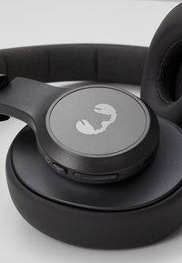 Fresh 'n Rebel - CLAM ANC WIRELESS OVER EAR HEADPHONES - Kopfhörer - storm grey - 6