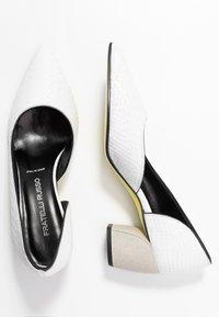 Fratelli Russo - FARA - Classic heels - matte bianco - 3