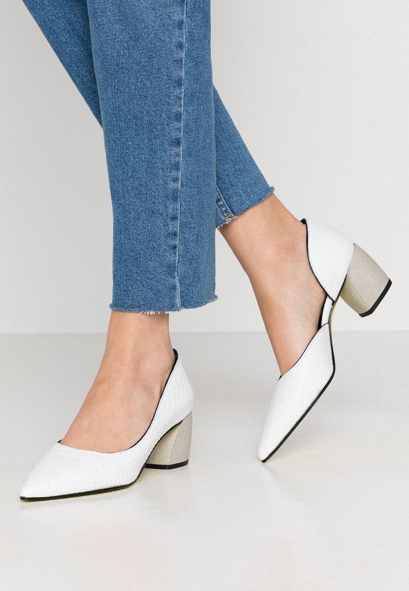 Fratelli Russo - FARA - Classic heels - matte bianco
