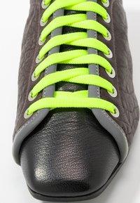 Fratelli Russo - JENNI  - Zapatos de vestir - texas castagna - 2
