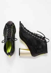 Fratelli Russo - ALBIS - Ankle boots - nero - 3