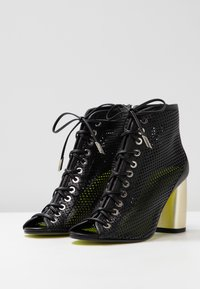 Fratelli Russo - ALBIS - Ankle boots - nero - 4