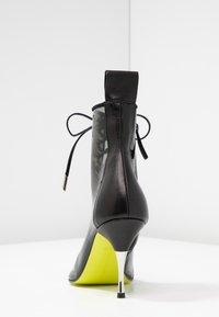 Fratelli Russo - JASMINE - Lace-up ankle boots - positano nero/fumo - 5
