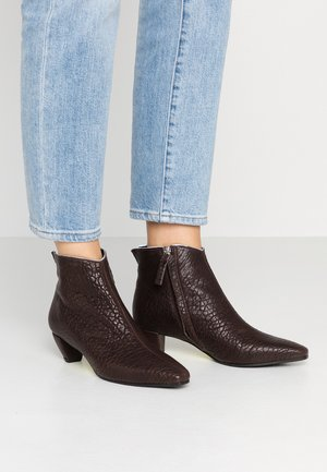OPRAH - Boots à talons - teas castagna
