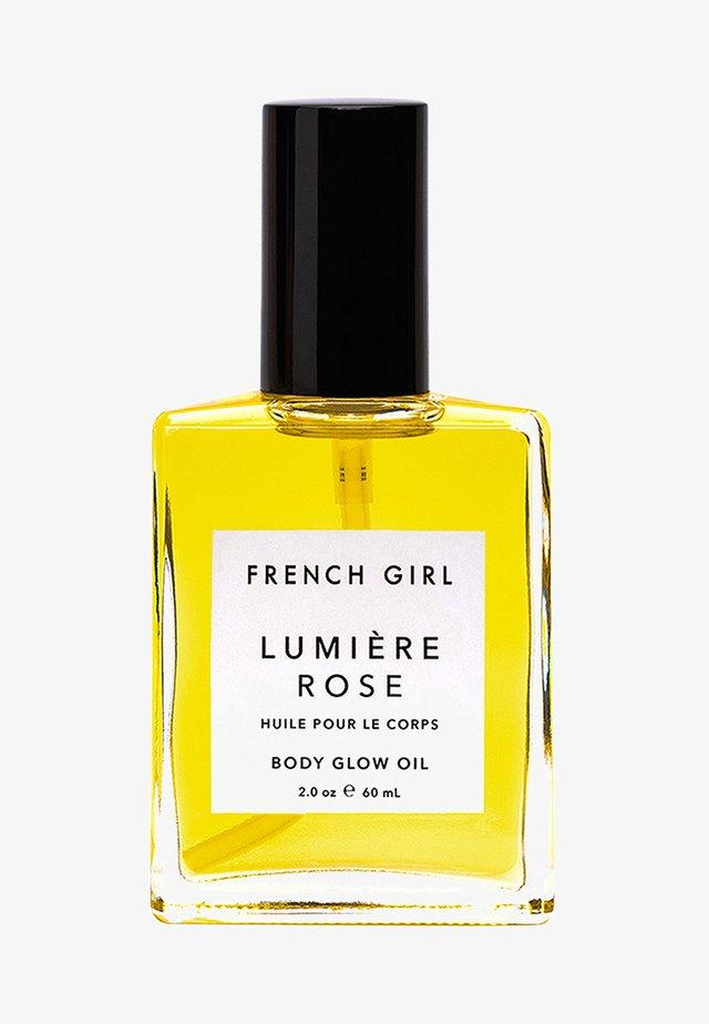 LUMIÈRE ROSE - BODY GLOW OIL - Lichaamsolie - -