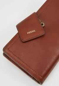 Fossil - LOGAN - Lompakko - brown - 2
