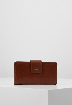 LOGAN - Lompakko - brown
