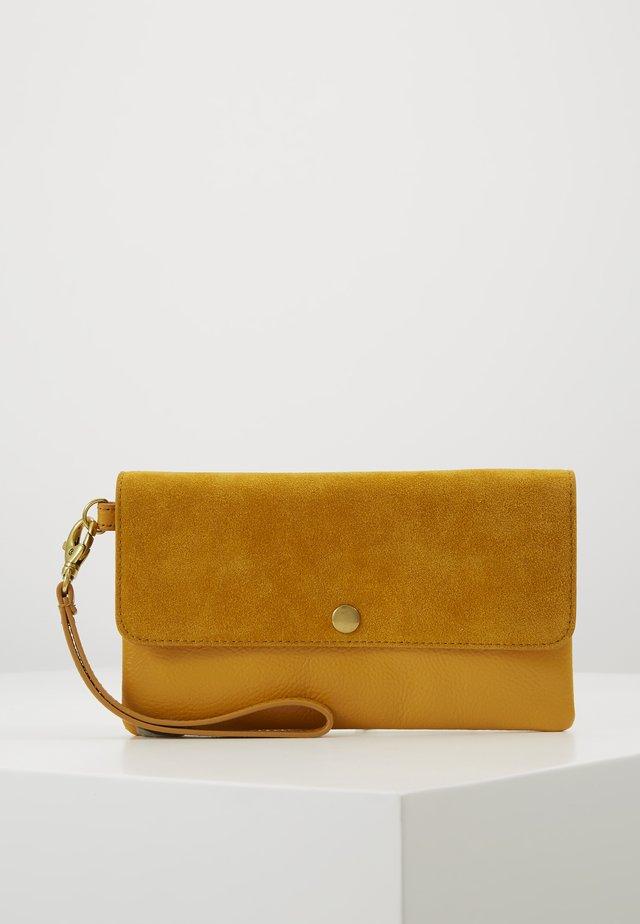 WRISTLET - Wallet - yellow