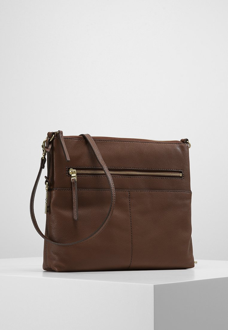 Fossil - Schoudertas - medium brown