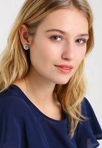 Fossil - Earrings - silver-coloured - 1