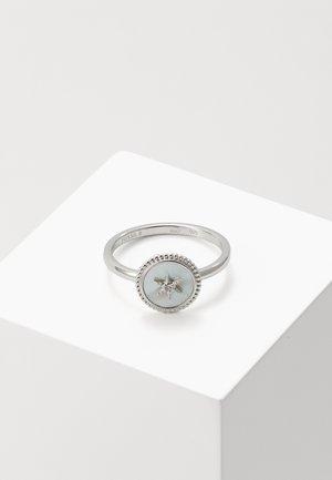 Prsten - silver