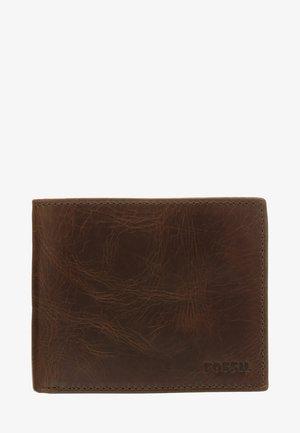 DERRICK  - Peněženka - dark brown
