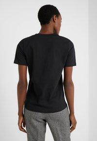 FTC Cashmere - T-Shirt basic - black - 2