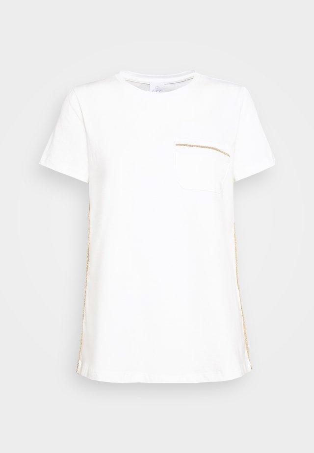 T-shirt con stampa - pristine white