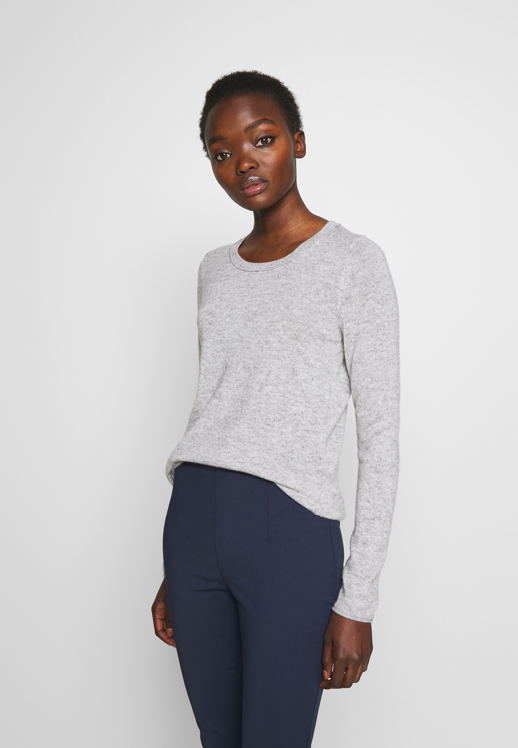 FTC Cashmere SEA CELL ROUND NECK - Sweter - silver stone