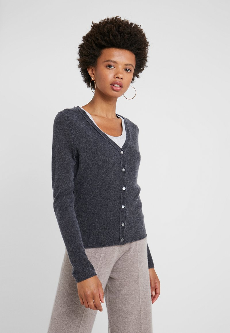 FTC Cashmere - SEA CELL V NECK CARDIGAN - Cardigan - shale
