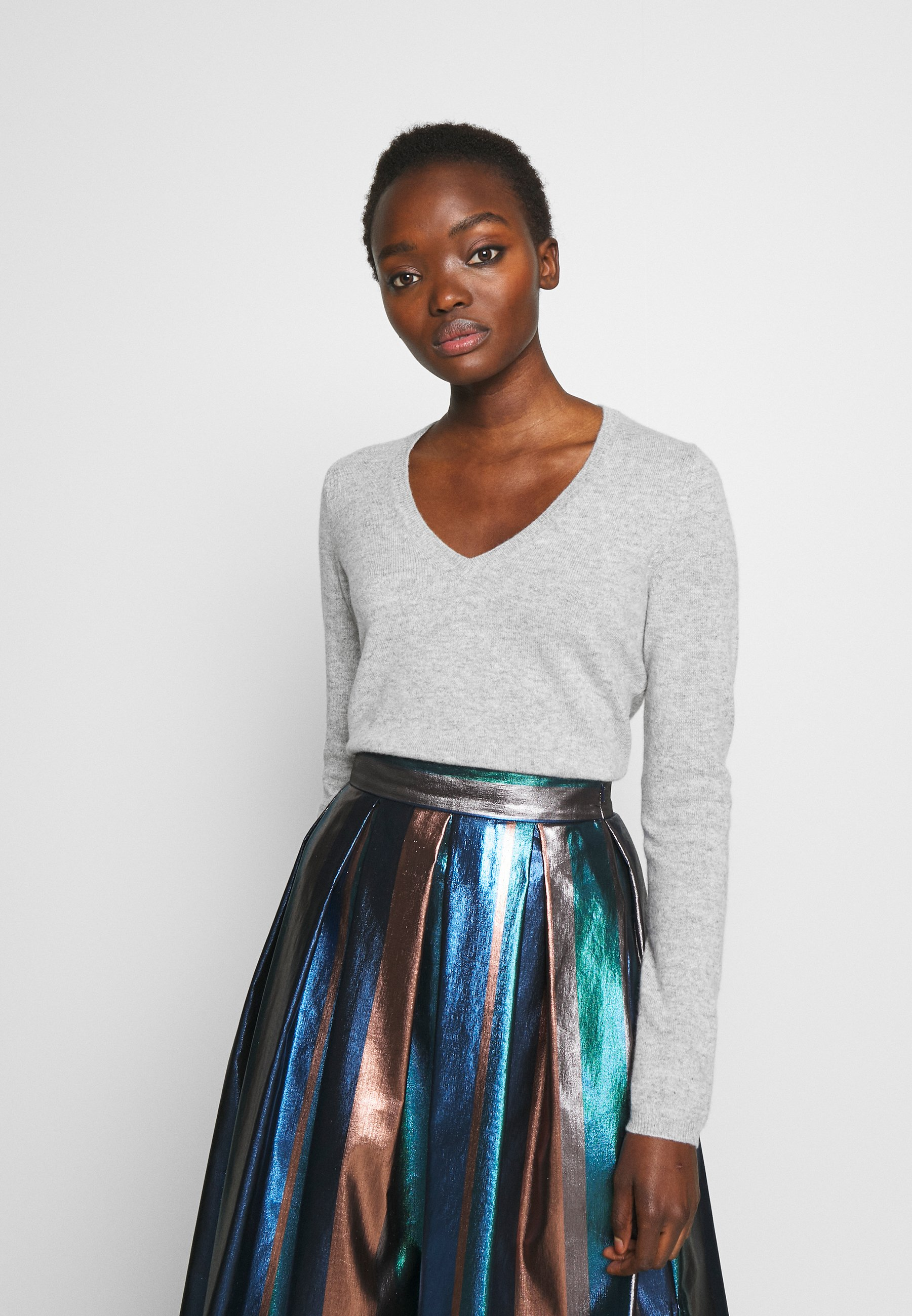 FTC Cashmere Sweter - silver stone