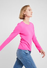 FTC Cashmere - Trui - electric pink - 3
