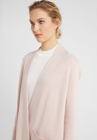 FTC Cashmere - Cardigan - champagne - 4
