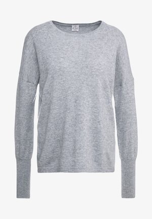 Stickad tröja - opal grey
