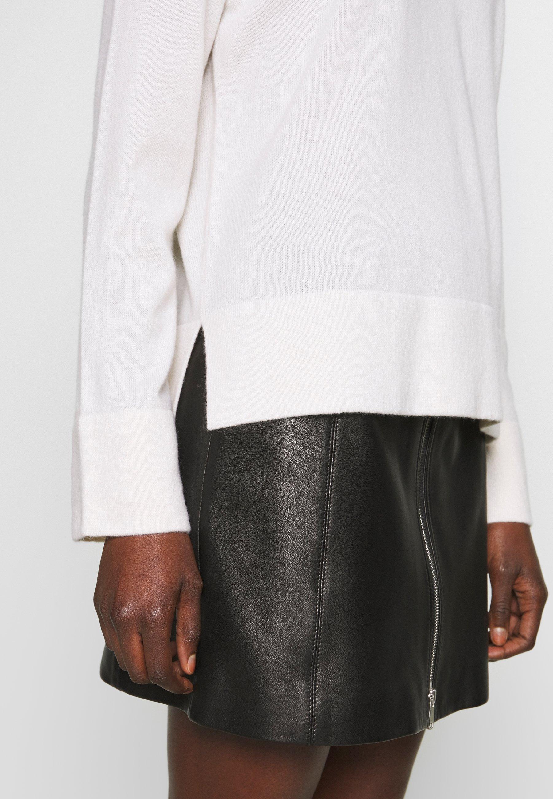 FTC Cashmere Sweter - pristine white