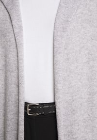 FTC Cashmere - CARDIGAN OPEN - Cardigan - silver stone - 7