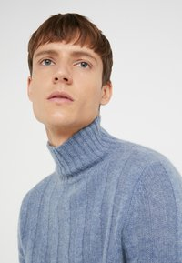 FTC Cashmere - Pullover - cool water - 4